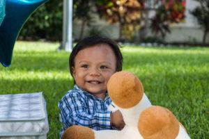 imagen-fotografo-cuernavaca-sesion-infantil-cumpleanos-jonathan-sonriendo